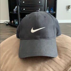 Nike adjustable ball cap